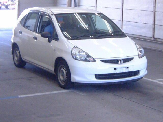 購入する HONDA FIT 2006/8