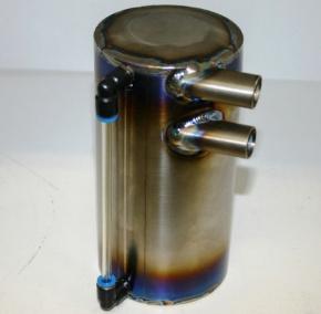 購入する 汎用チタンオイルキャッチタンク
