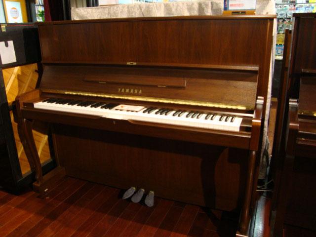 購入する ヤマハ中古ピアノw110bw