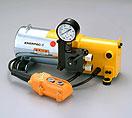 ショルダー型電動油圧ポンプ