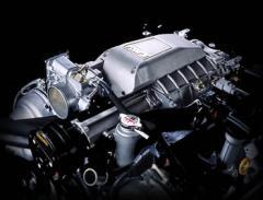 V8エンジン用コンプレッサー