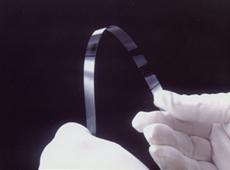 極薄膜ガラス