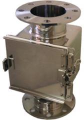 SMGHR型・(横格子型) SMGVR型・(堅格子型) 粉体用セパレーター