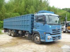 15トンスクラップ運搬車